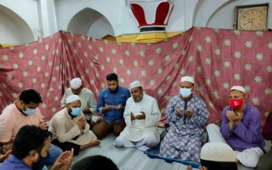 আওয়ামিলীগের  সদস্য জুমাদিন আহমদের সুস্থতা কামনায় দোয়া মাহফিল অনুষ্ঠিত