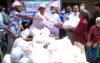 কুলাউড়ার ব্রাহ্মণবাজারে শফিউল আলম নাদেলের খাদ্য সামগ্রী বিতরণ